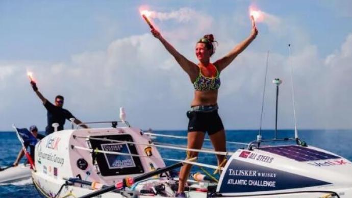 一个21岁姑娘,70天独自划船横渡大西洋