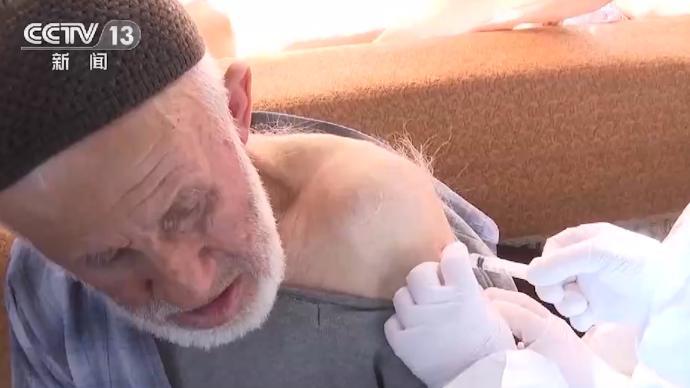 土耳其88歲老人接種中國新冠疫苗:感覺很好