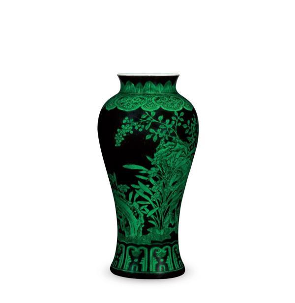 清 雍正黑地绿釉芝仙祝寿尊 达文堂藏品