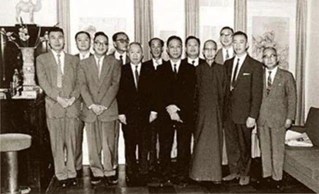 敏求精舍早期会员合影(约拍摄于1960年)