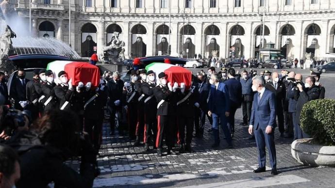 意大利为在刚果(金)遭伏击身亡的外交官举行国葬