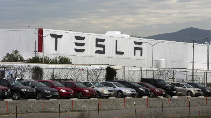 外媒:特斯拉暂停美国加州工厂Model 3生产两周