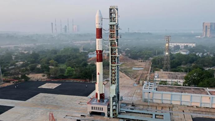 """""""一箭19星"""",印度成功进行2021年首次航天发射"""
