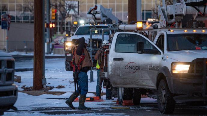 美国那点事|得州断电停水数十人被冻死,为何官员难被问责?