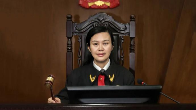 """遇刺法官周春梅被追授""""湖南省优秀共产党员""""称号"""