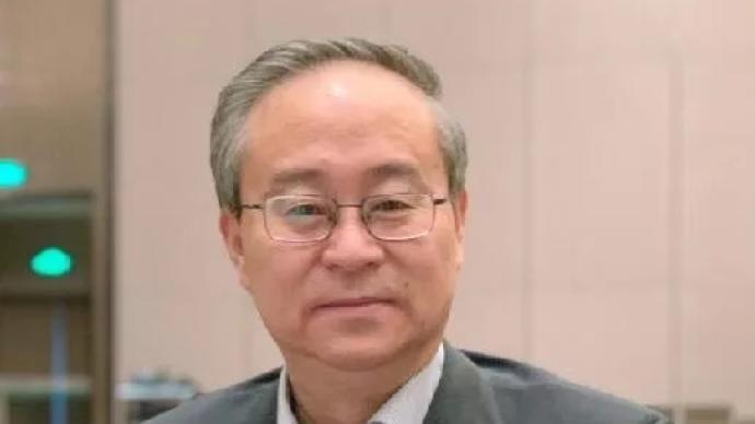 王定邦出任青海省政府党组成员、办公厅党组书记、主任