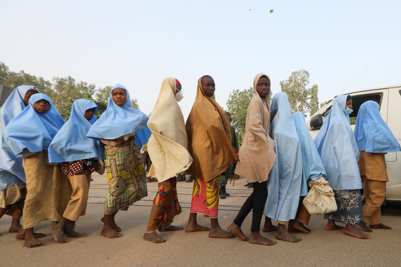 当地时间2021年3月2日,尼日利亚扎姆法拉州,被绑架的279名尼日利亚女学生获得释放。