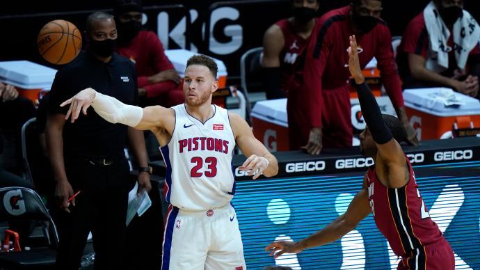 """当""""白魔兽""""已成往事,格里芬为何无法在NBA优雅老去"""