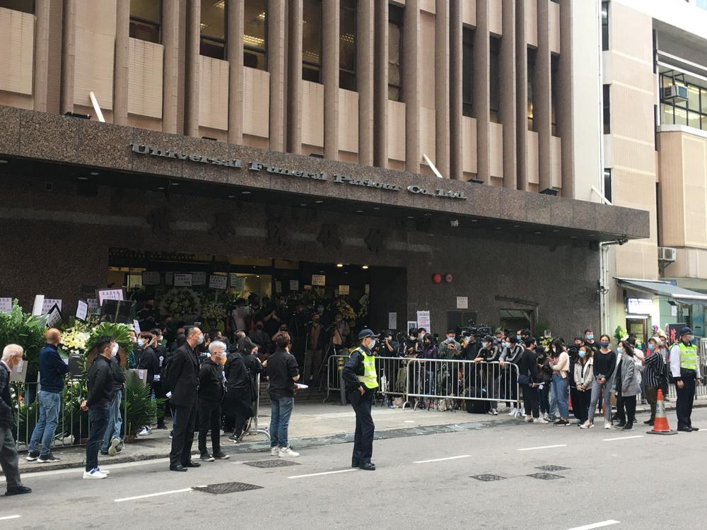 2021年3月7日,香港红磡世界殡仪馆,吴孟达丧礼现场。