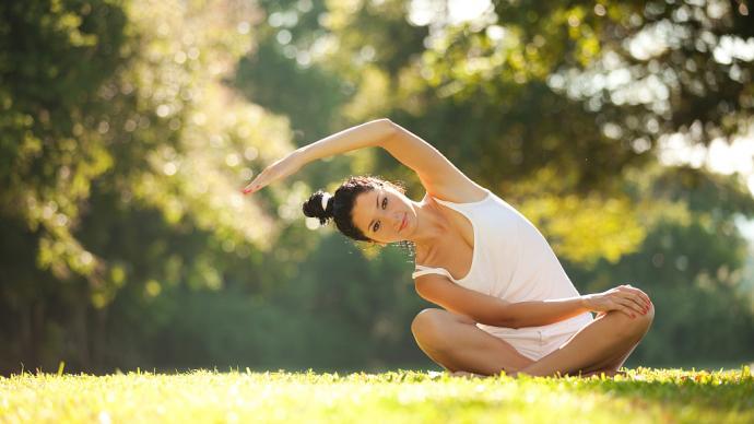 春日运动,从拉伸你的身体开始
