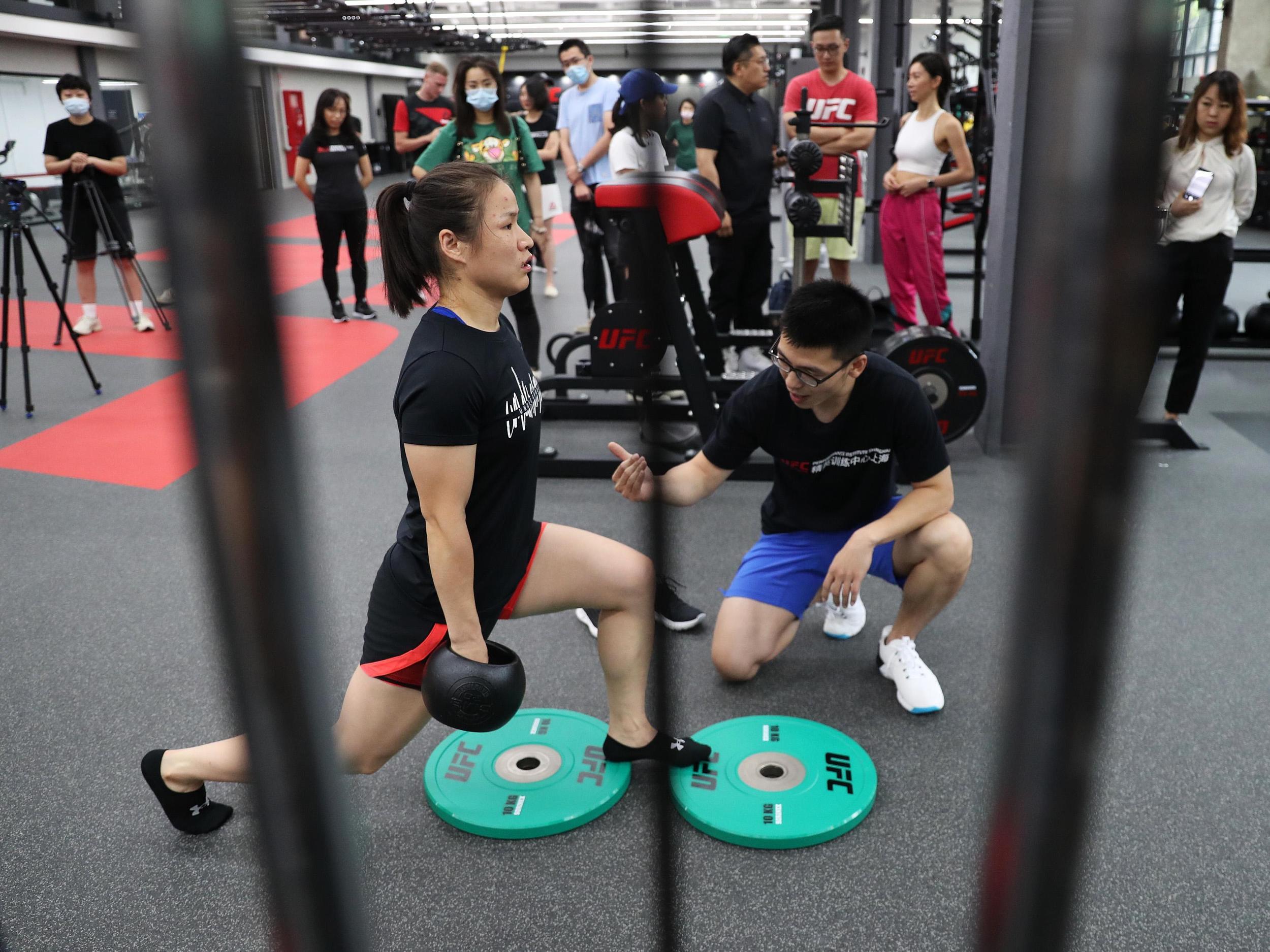 张伟丽一直在训练中。