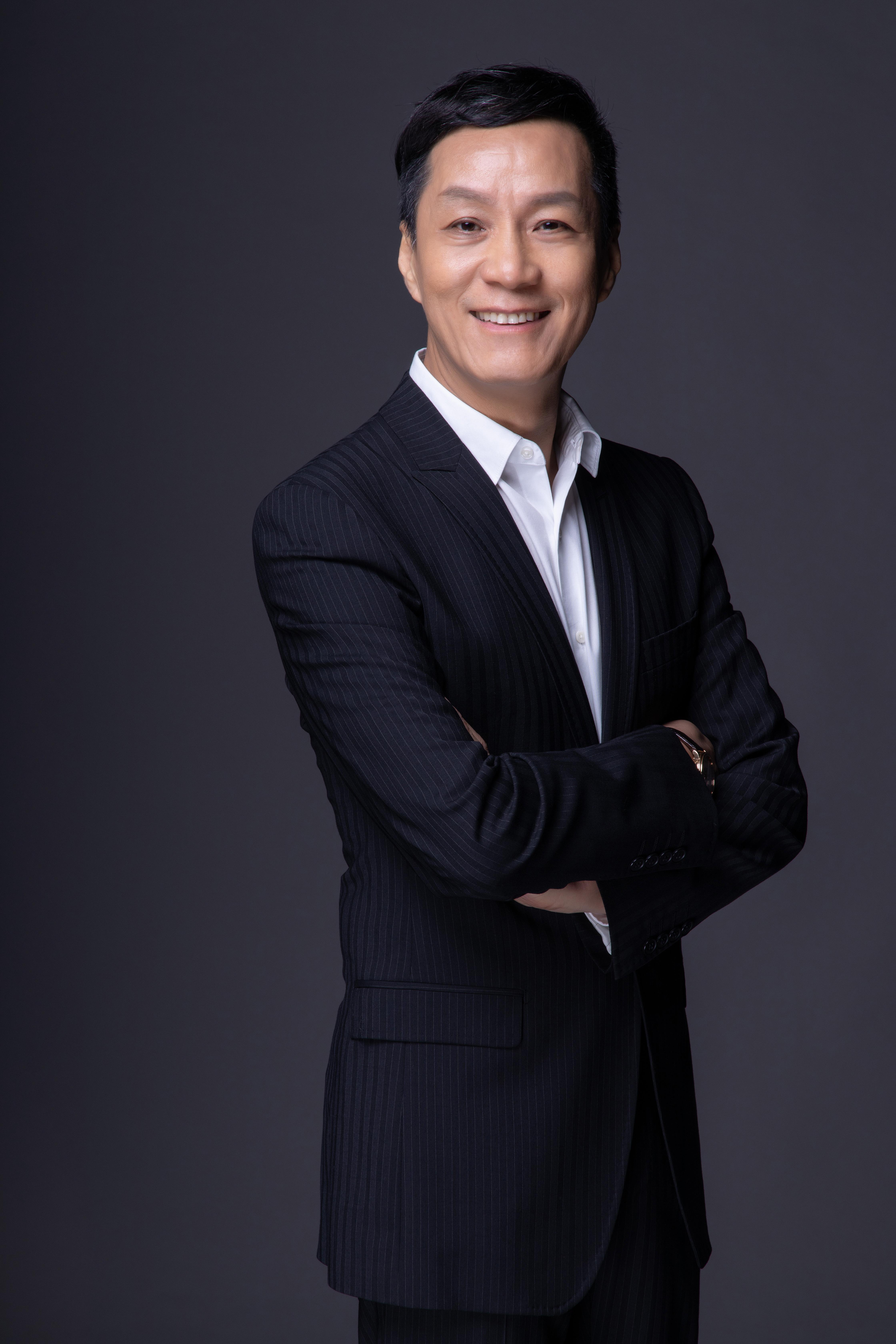 全国政协委员、北京人民艺术剧院副院长冯远征