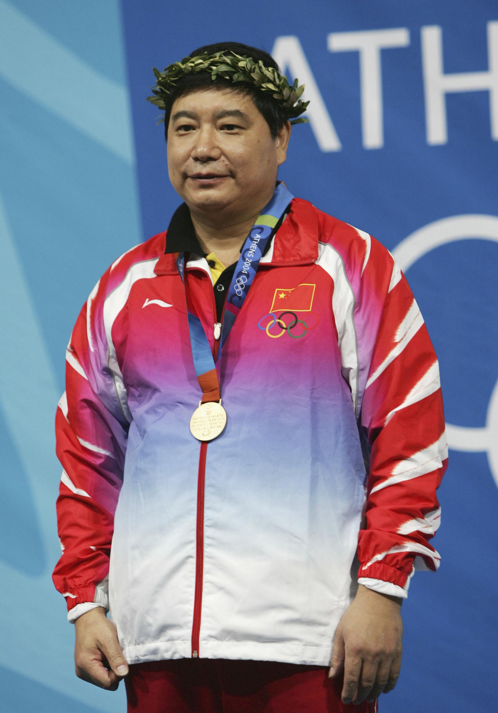 王義夫2004年雅典奧運會奪得10米氣手槍金牌。