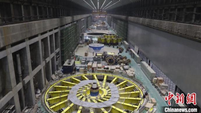 白鹤滩水电站右岸排水配电系统施工快速推进,蓄水迎来倒计时
