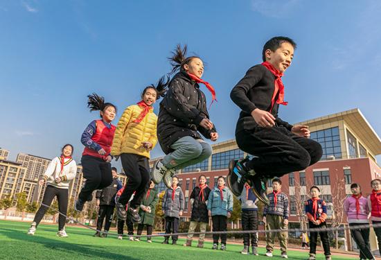 欧易交易所:小学生体测不合格不给毕业证?四年级是体育锻炼的一道坎