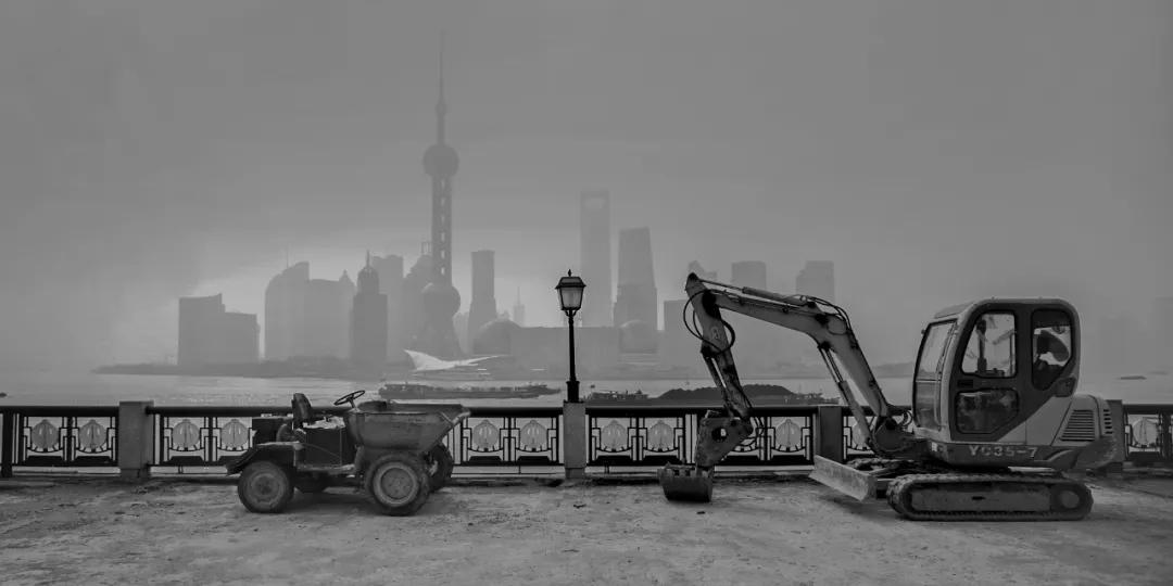 作品《上海还是这样,上海已经不是那样了》沈忠海