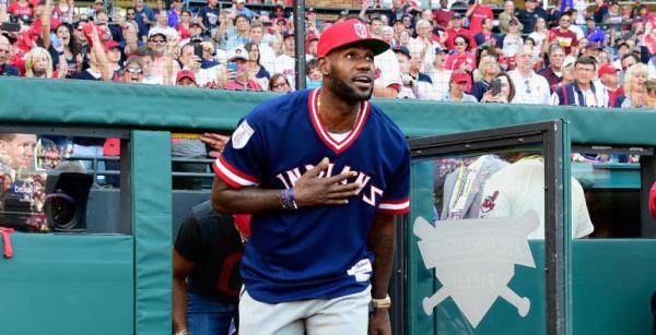 詹姆斯还有一个棒球梦。