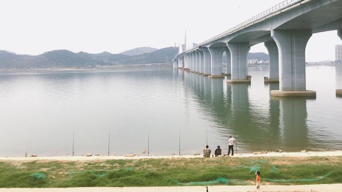 家园或异乡:肇庆的公园、江岸与新区