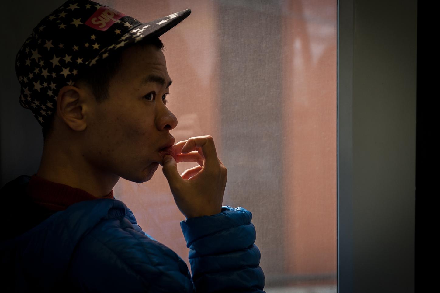 2018年3月,26岁的皓皓整天想着外出,不善言辞的他让其双亲提心吊胆度日。