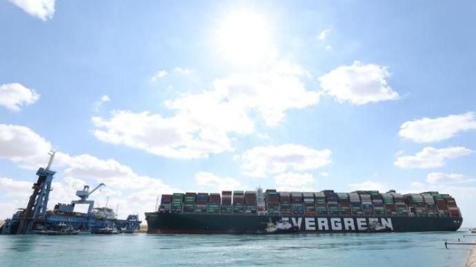"""供應鏈""""如鯁在喉"""",蘇伊士運河堵塞會讓世界經濟有多痛?"""
