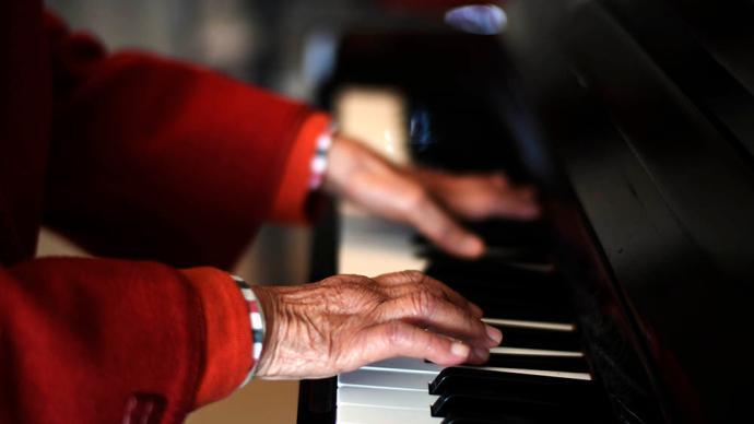 延遲退休的背后:老年就業群體如何進一步擴大