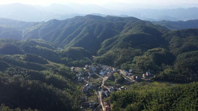 初心之路|臺州大山深處的桐樹坑革命精神助力美麗鄉村建設
