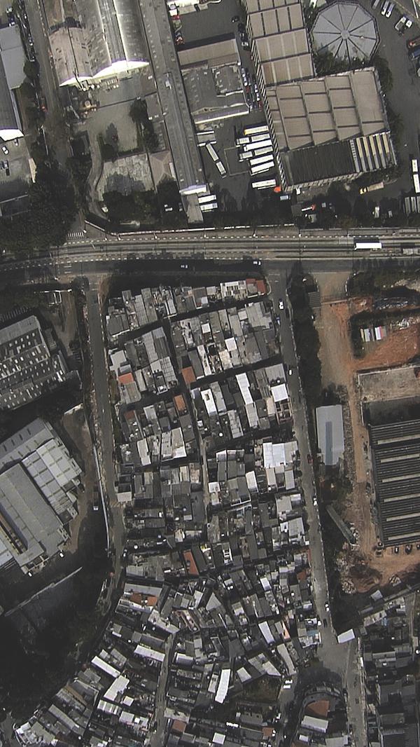 鲁本斯·马诺 被悬置的沉思 视频装置 2008年