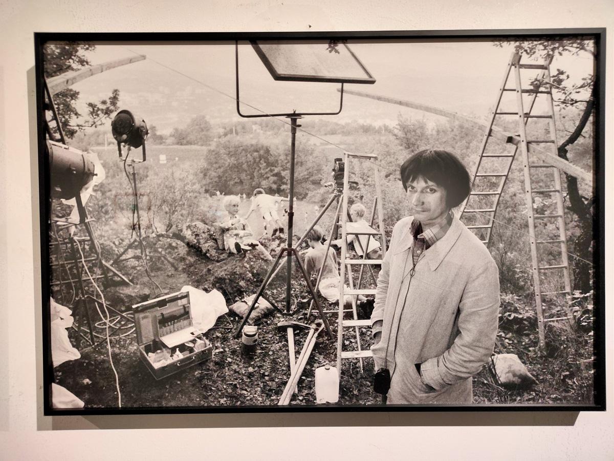 让·克劳德拍摄工作中的贝尔纳·弗孔
