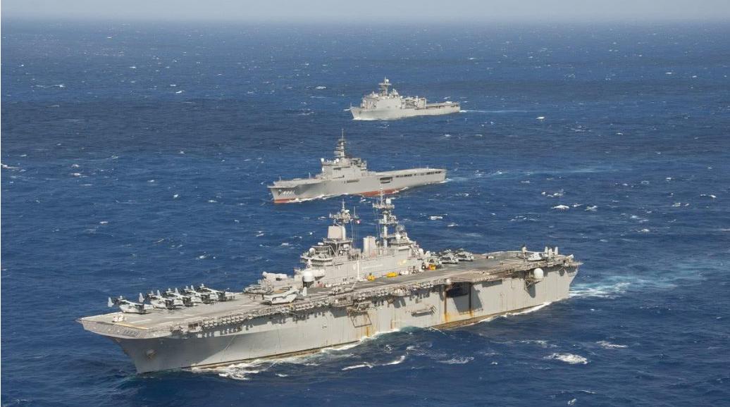 """2020年日本自卫队以""""守护美军舰艇和军机""""纳入安保法为理由,与美军进行的协同任务的次数达到25次。"""