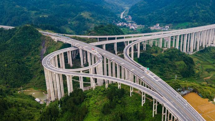 沿著高速看中國丨16萬公里,遼闊中國