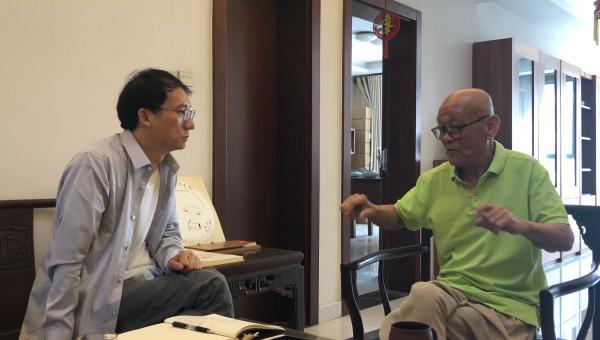 韩羽(右)忆与上海美术电影结缘往事