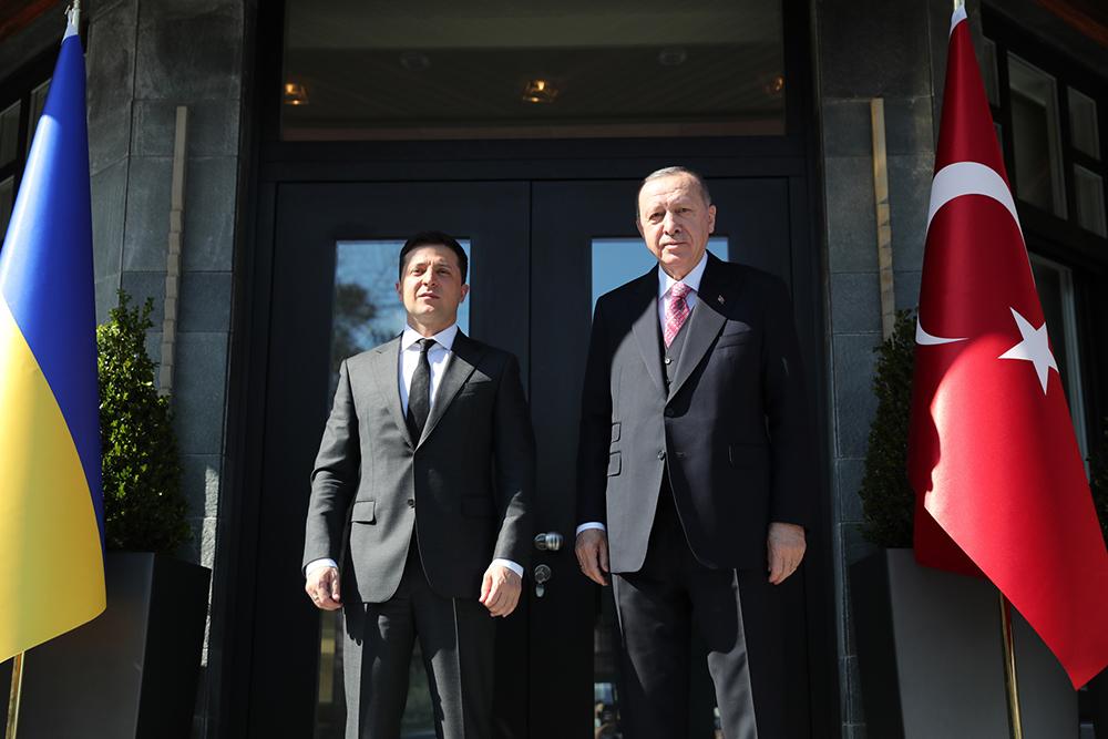 当地时间2021年4月10日,土耳其伊斯坦布尔,乌克兰总统泽连斯基率团访问土耳其,与土总统埃尔多安举行会晤,在乌领土问题上获得了后者的支持。