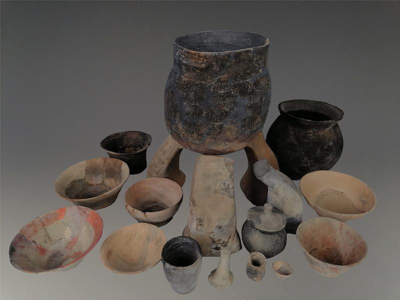 出土陶器组合