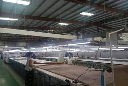 缅甸的服装工厂。受访者供图