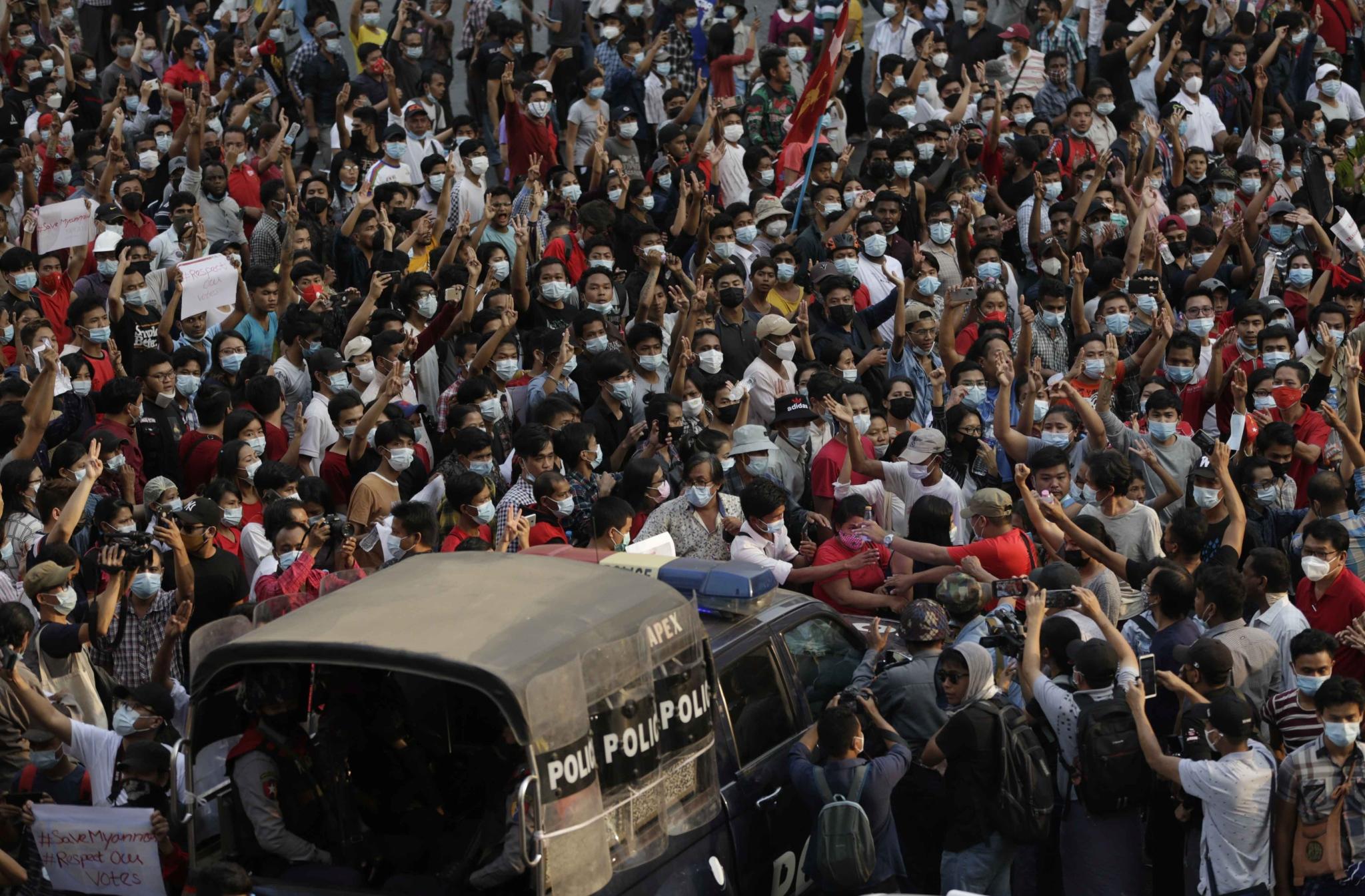 缅甸民众抗议。澎湃影像 资料图
