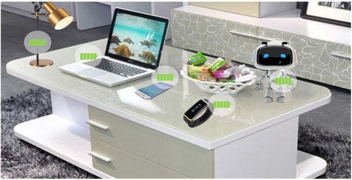 """上海大学""""能量WiFi""""系统,可在整个桌面范围内实现稳定高效供电"""