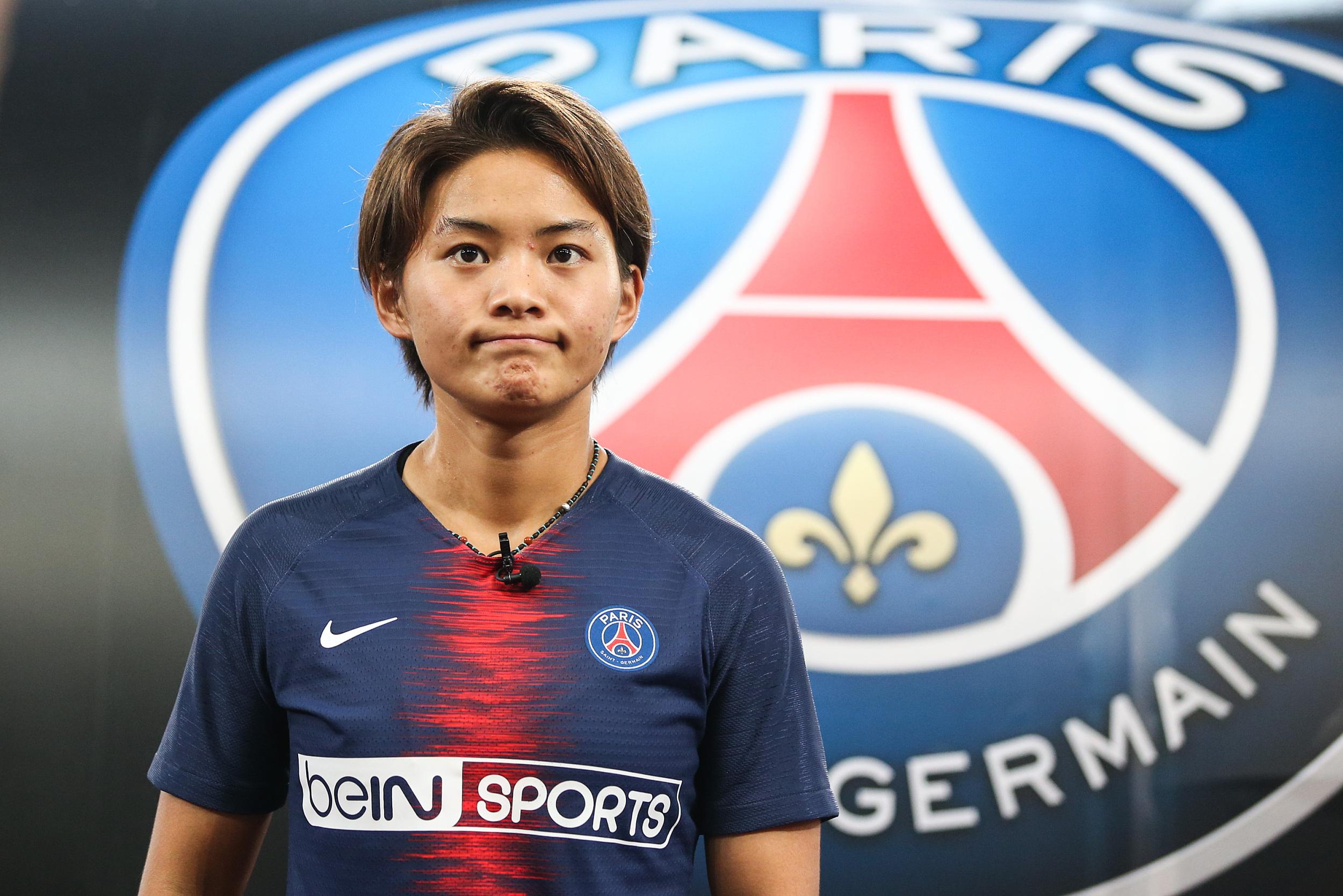 """王霜一度成为大巴黎女足的""""大腿""""。"""