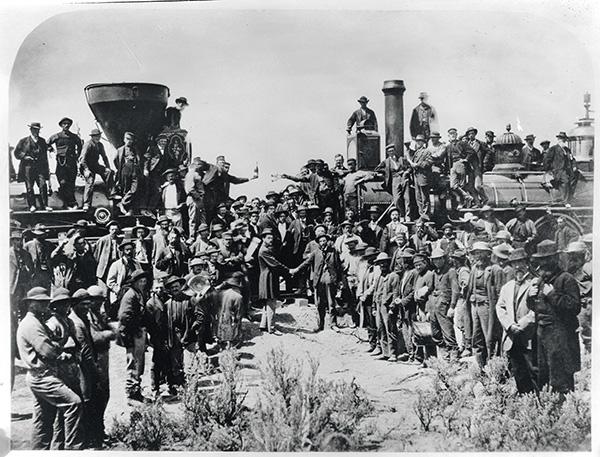 1869年5月10日,美国犹他州普罗蒙特里,美国第一条横贯大陆铁路竣工。人民视觉 资料图