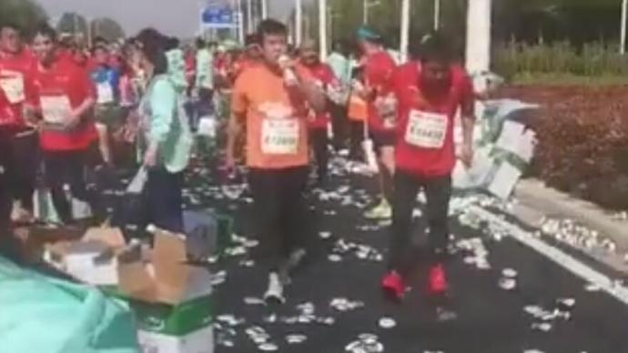 超40場馬拉松扎堆樂壞跑友,但哄搶獎牌、套牌的亂象又來了