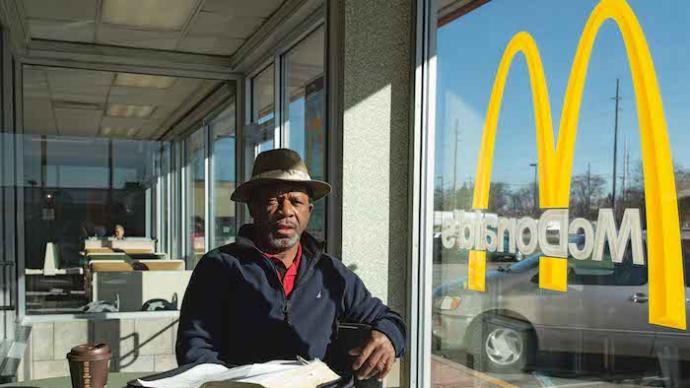 在美国麦当劳,我看过了太多失意、痛苦和绝望