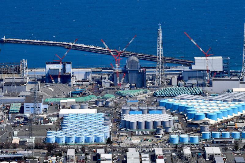 2021年4月12日,日本福岛县,航拍福岛第一核电站核污水仓。