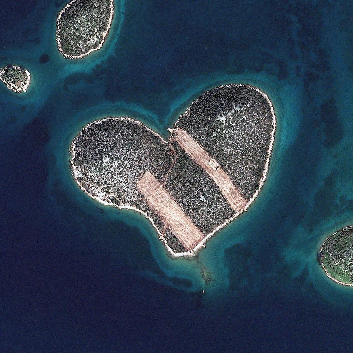 2013年2月16日,克罗地亚,心形岛。