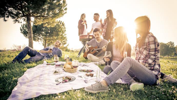 當我們野餐時,我們喝什么