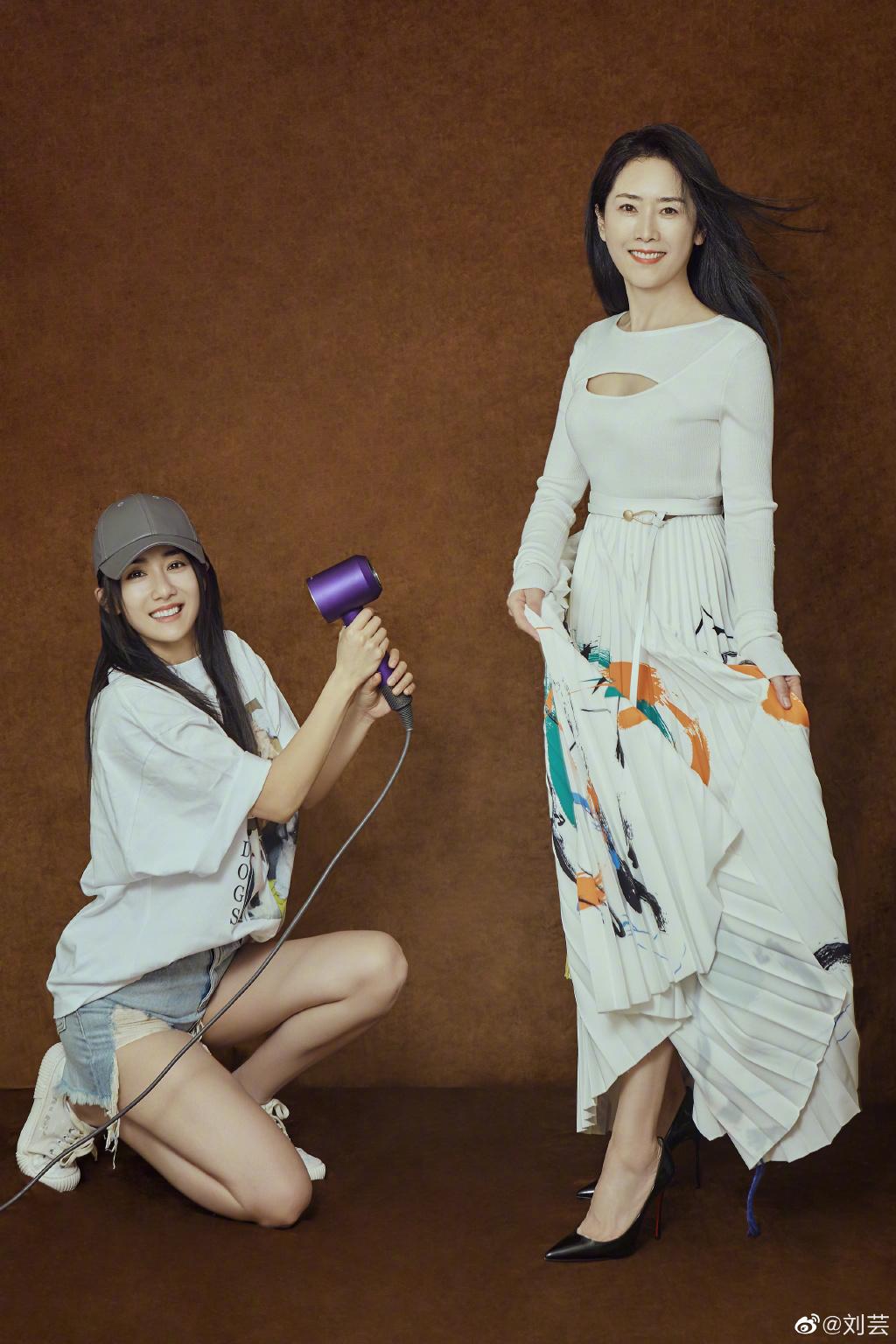 刘芸和妈妈罗雅萍