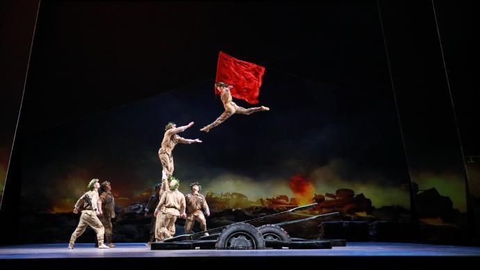 """登上央视元宵晚会的杂技剧《战上海》又有重大""""升级""""了"""