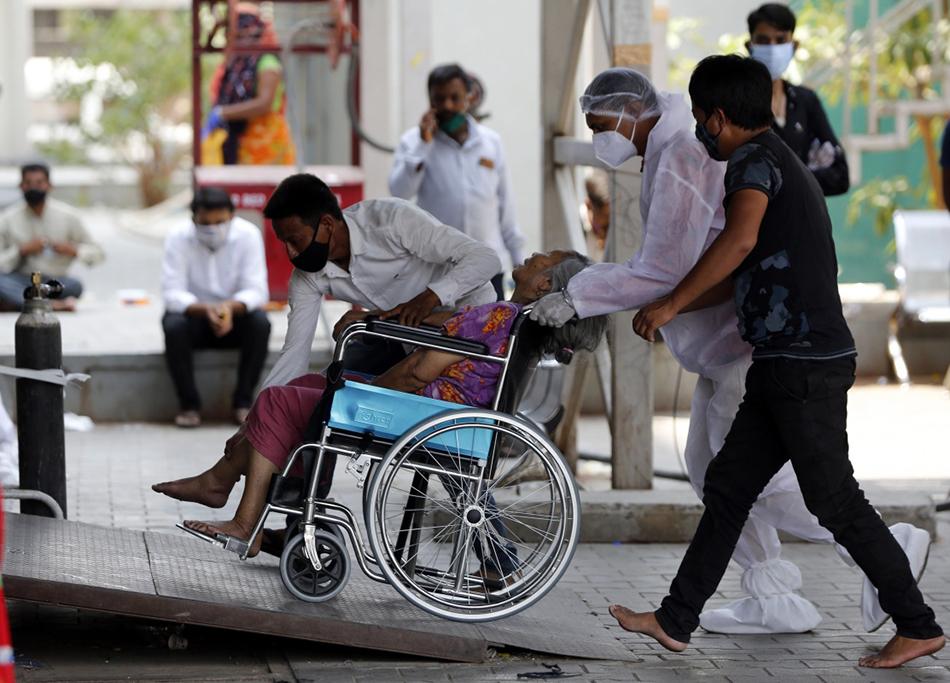 必晟平台登录:连线|印度疫情风暴中的华人:身边人不断感染,想帮却帮不了
