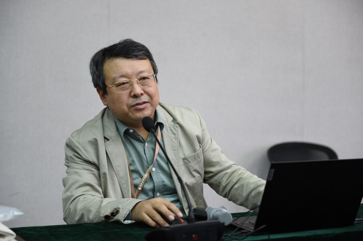 陈岗龙教授发言