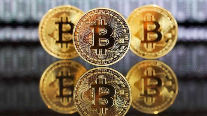 芒格:憎恨比特币的成功,虚拟货币绑架了现有货币系统