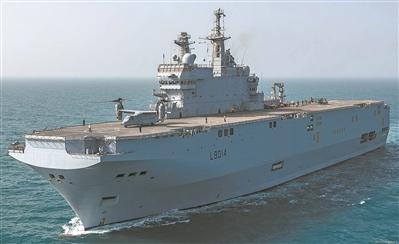 资料图片:法国西北风级两栖攻击舰
