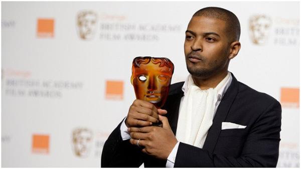 不久前,克拉克领取了英国电影学院奖英国电影杰出贡献奖。